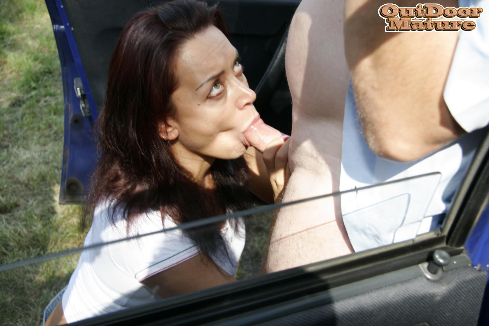 Mature Blowjob in the Car Pics
