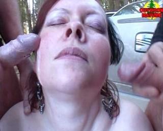 She loves sucking cocks in cars