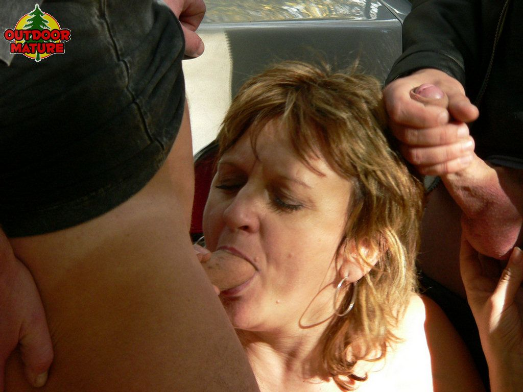 mature in woods the sex Kinky